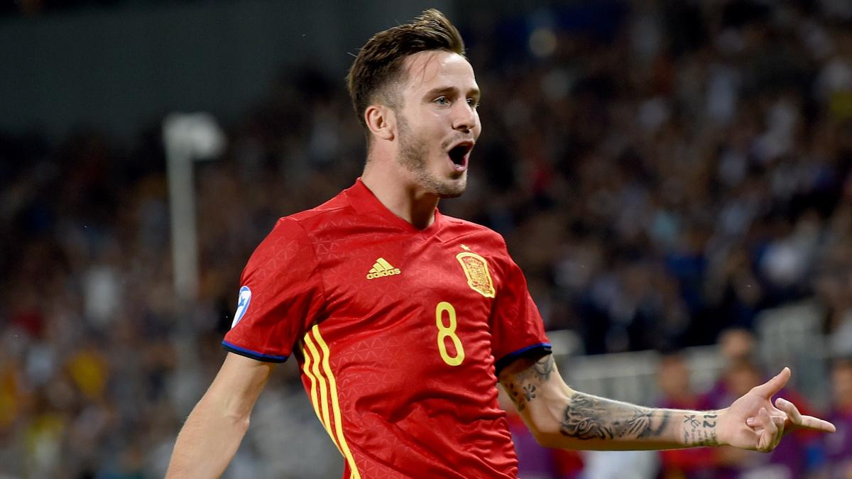Saúl celebra uno de sus goles con España Sub21 frente a Italia