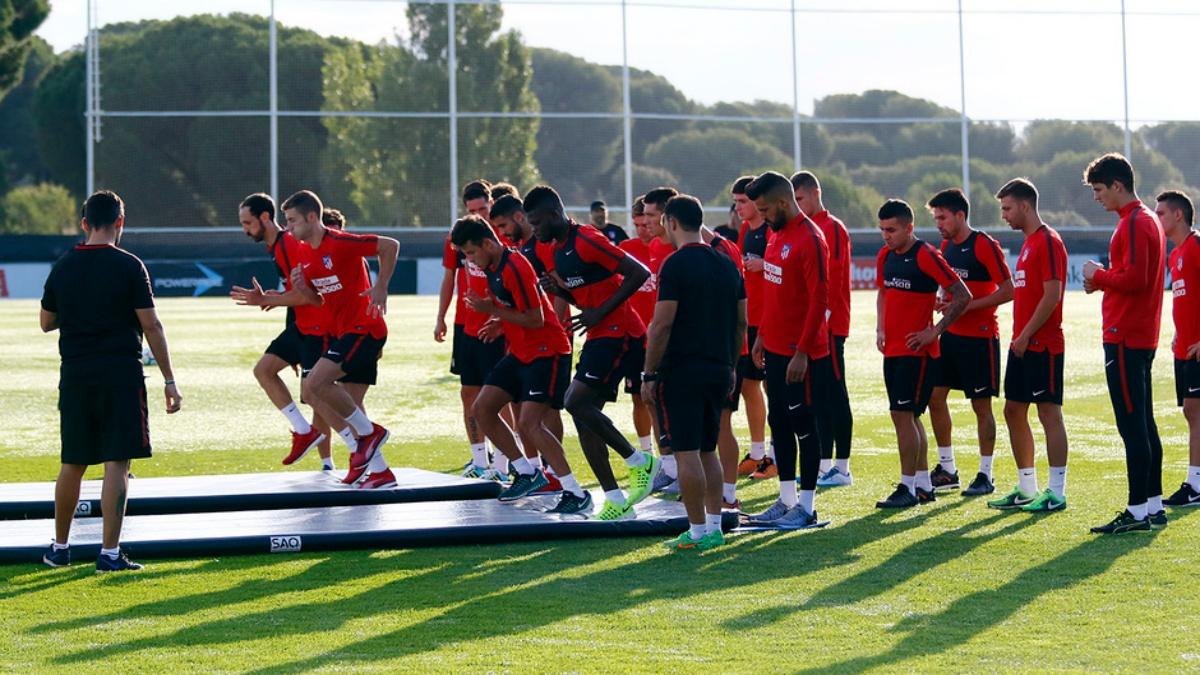Los futbolistas del Atlético de Madrid se entrenan en Majadahonda
