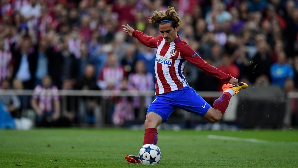 Griezmann, a punto de tirar un penalti con el Atlético de Madrid
