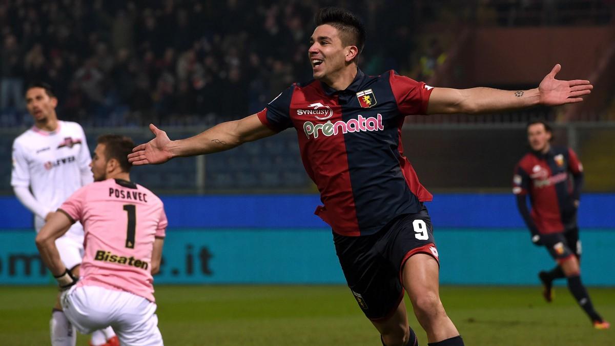 Gio Simeone celebra un gol con el Genoa. (Getty)