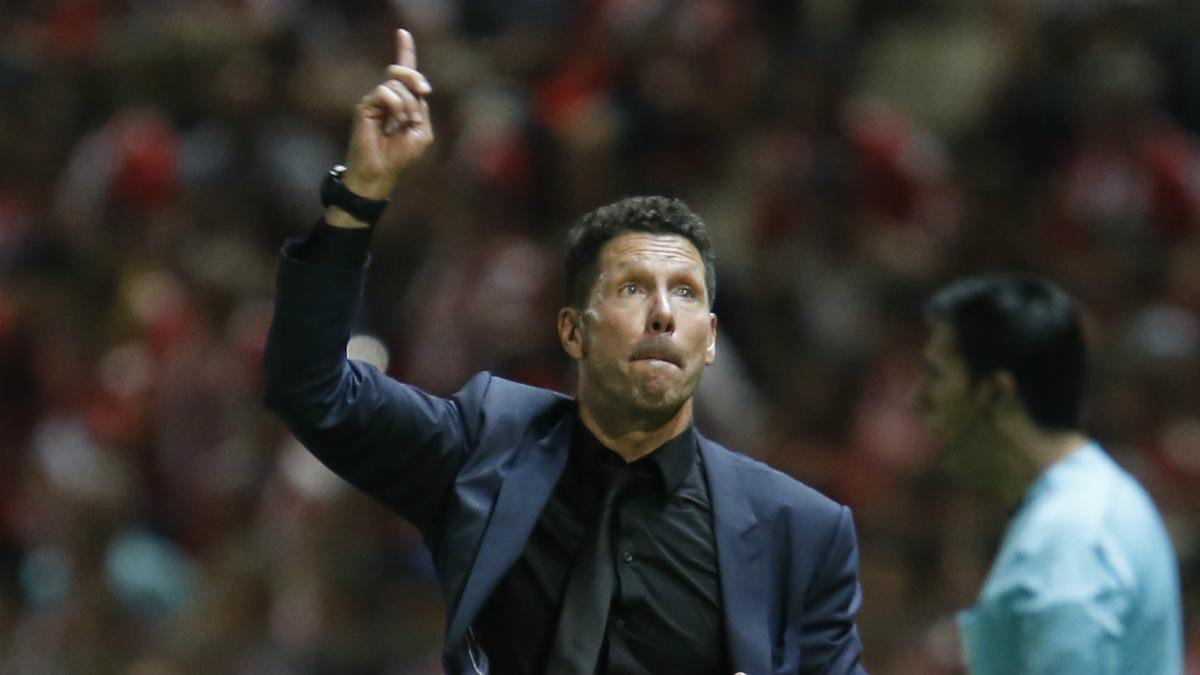 Simeone, durante el Girona-Atlético. (AFP)