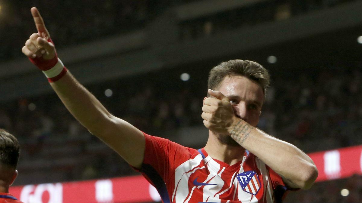 Saúl celebra su golazo al Barcelona. (EFE)