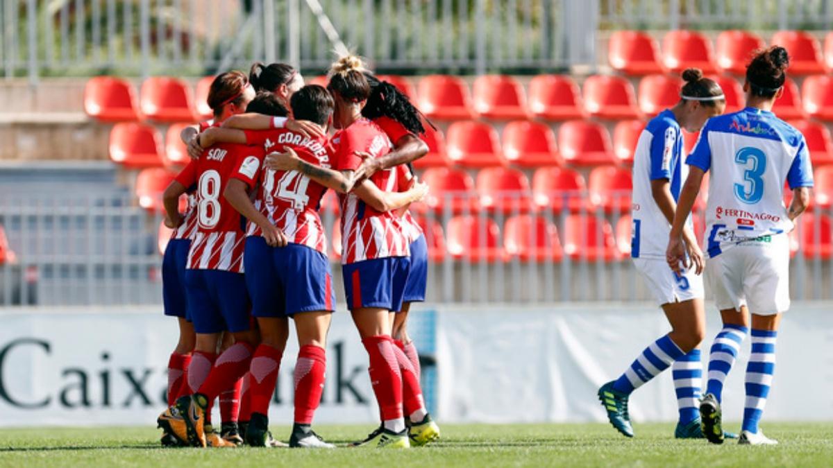 Las jugadoras del Atlético Femenino celebran un gol frente al Sporting Huelva