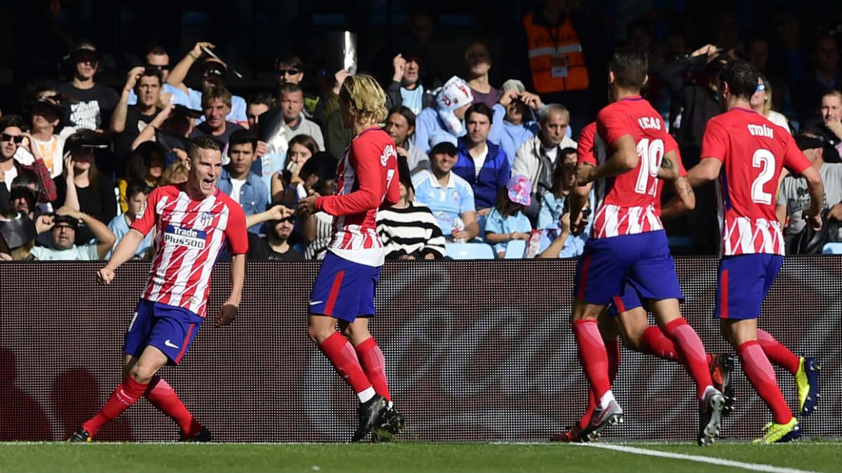 Gameiro celebra su gol ante el Celta. (AFP)