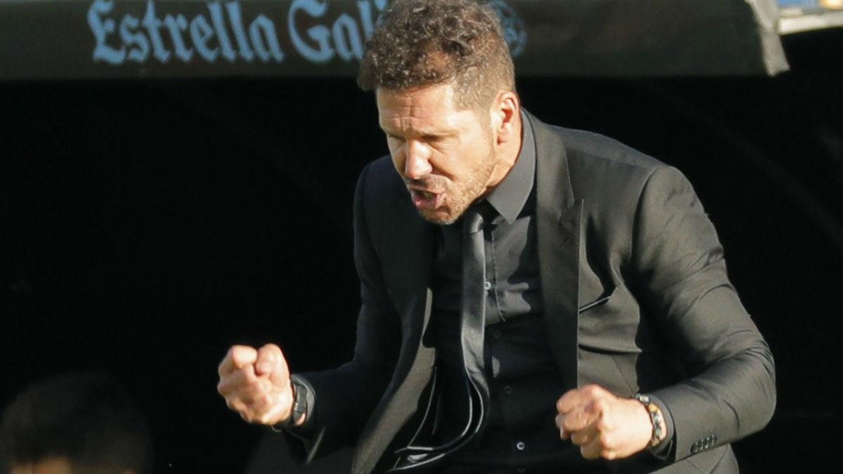 Simeone celebra un gol esta temporada. (EFE)