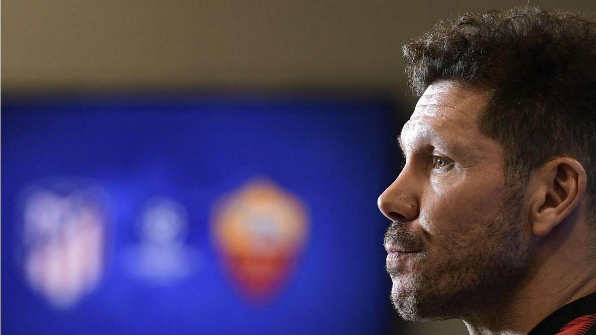 Simeone en rueda de prensa. (AFP)