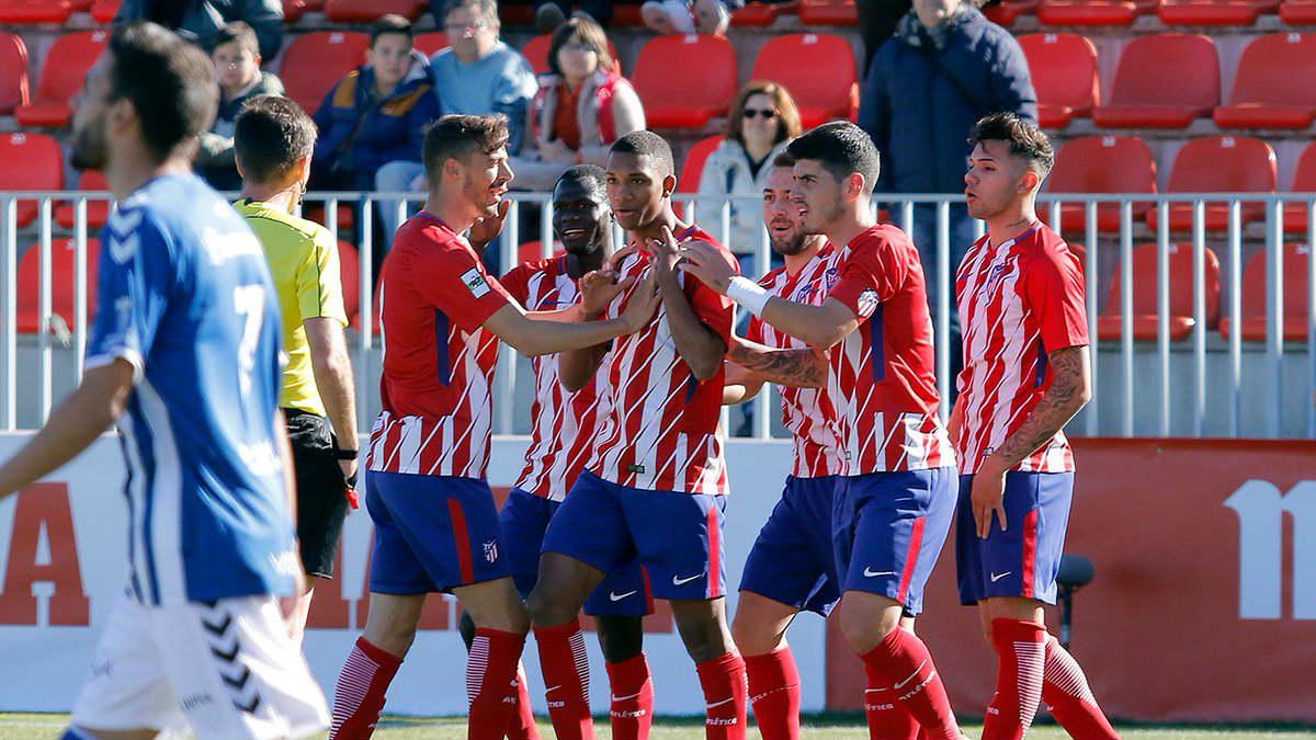 Los jugadores del Atlético celebran un gol ante el Talavera. (atleticodemadrid.com)