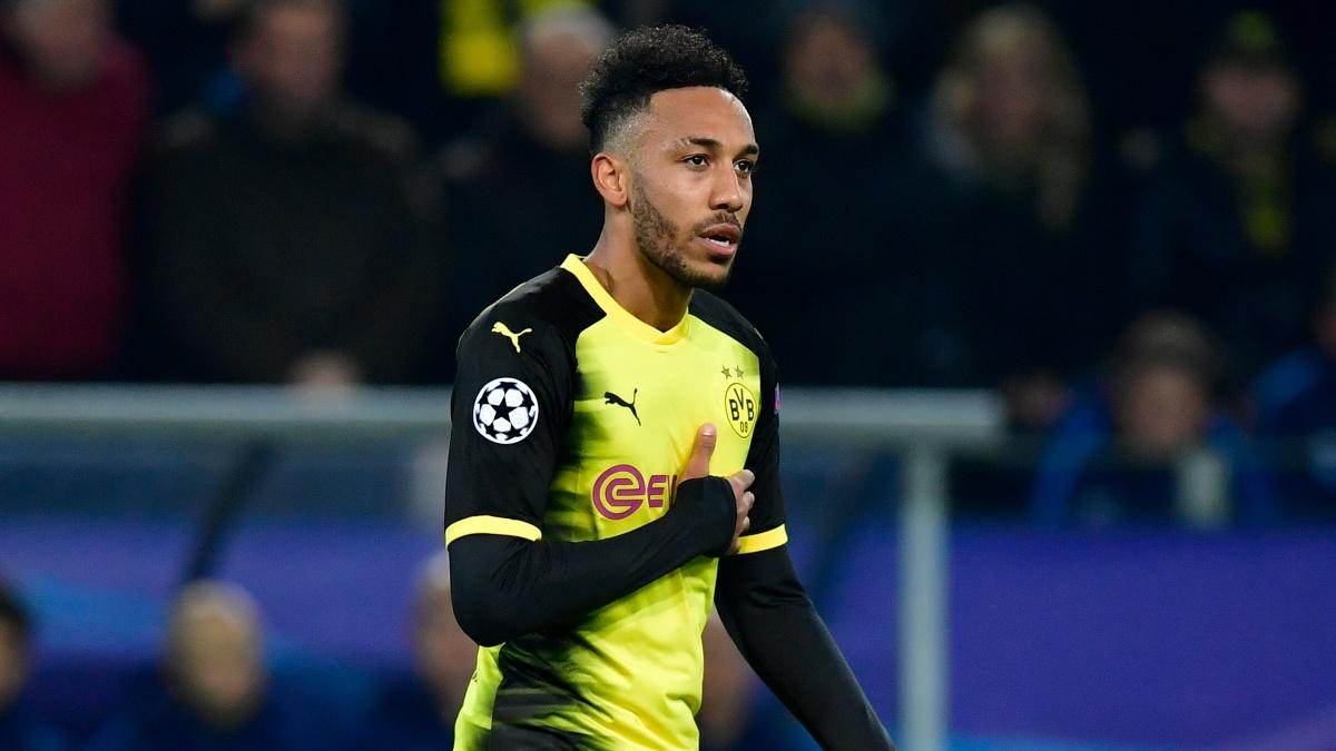 Aubameyang, durante un encuentro con el Borussia Dortmund (AFP)