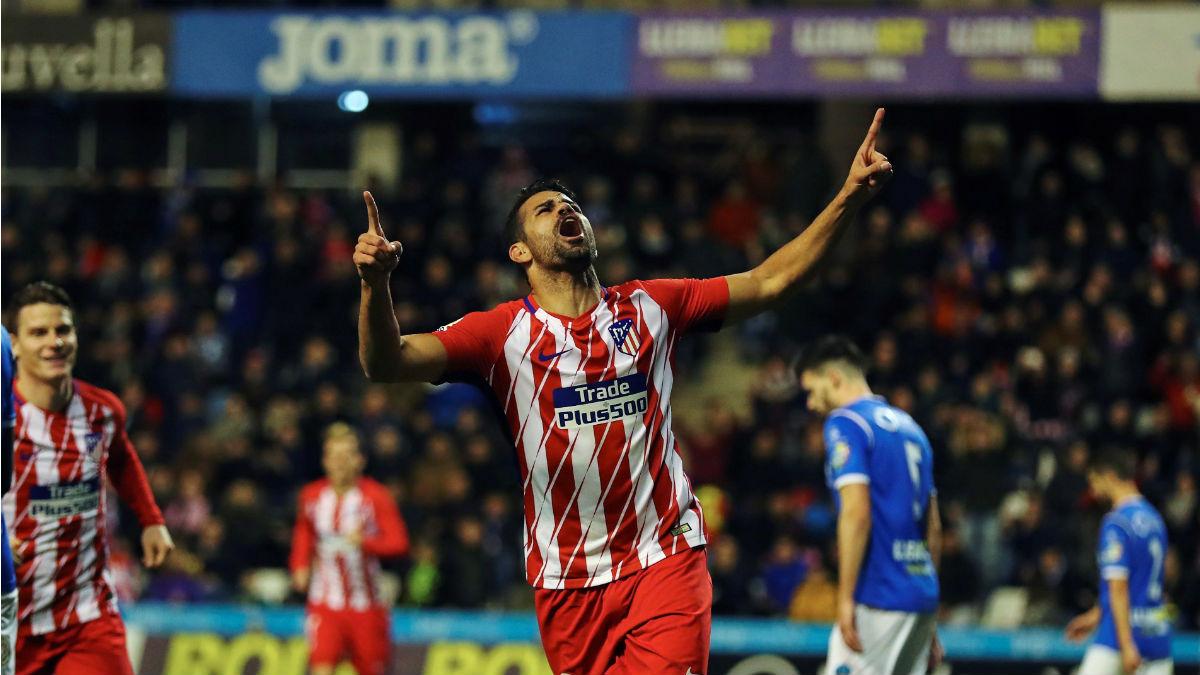 Diego Costa celebra su gol durante el Lleida vs Atlético (EFE)