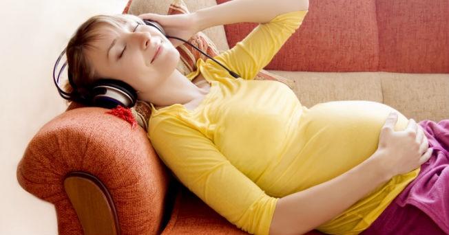 ¿Estrés durante el embarazo? Te enseñamos a evitarlo