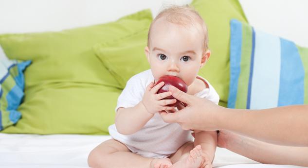 6 consejos para prevenir el atragantamiento en niños