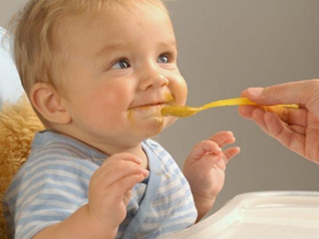 La alimentación en las primeras etapas del bebé: el puré de verduras