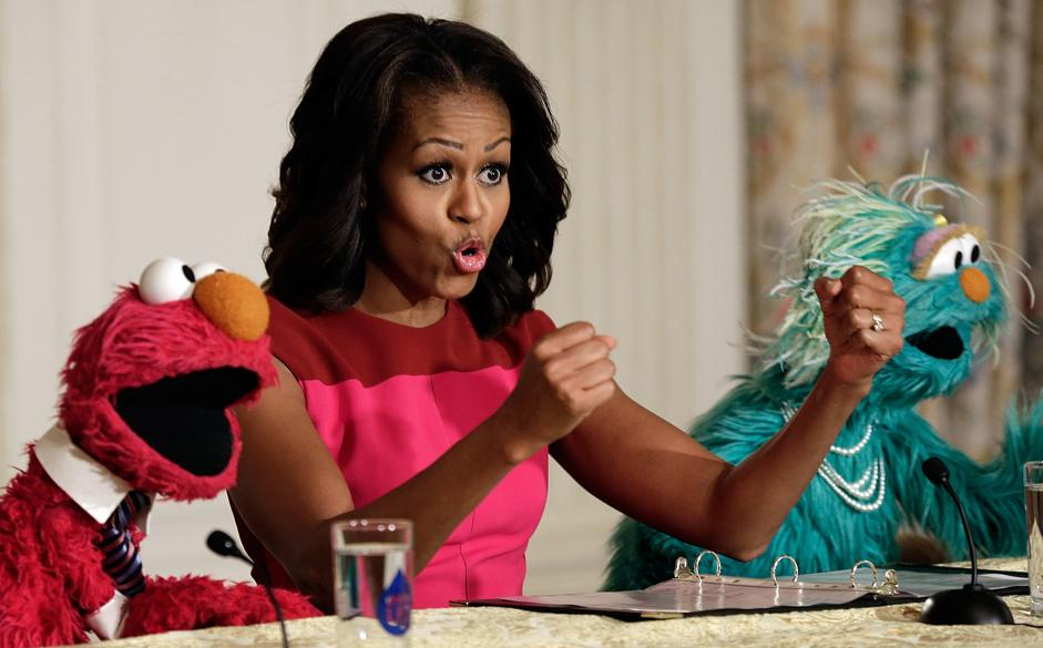 Michelle Obama Joins Sesame St Characters At White House Garden Fall Harvest