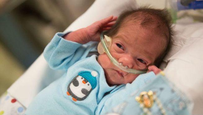Una mujer en muerte cerebral durante 54 días da a luz a un bebé