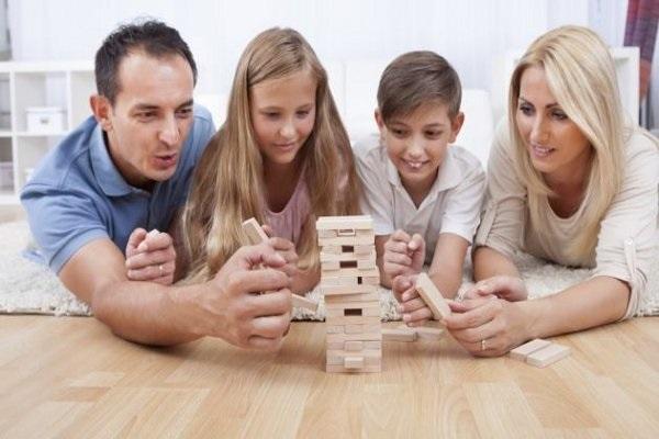 Los 4 Mejores Juegos De Mesa Para Disfrutar En Familia