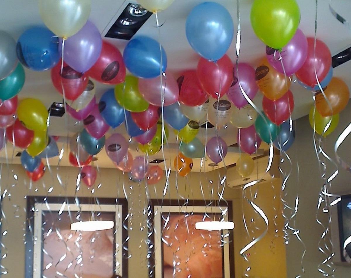 Una niña de 8 años muere asfixiada por un globo el día de su cumpleaños
