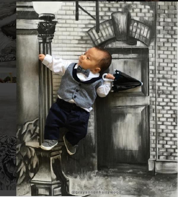 Divertidas fotos de un bebé que protagoniza escenas de película