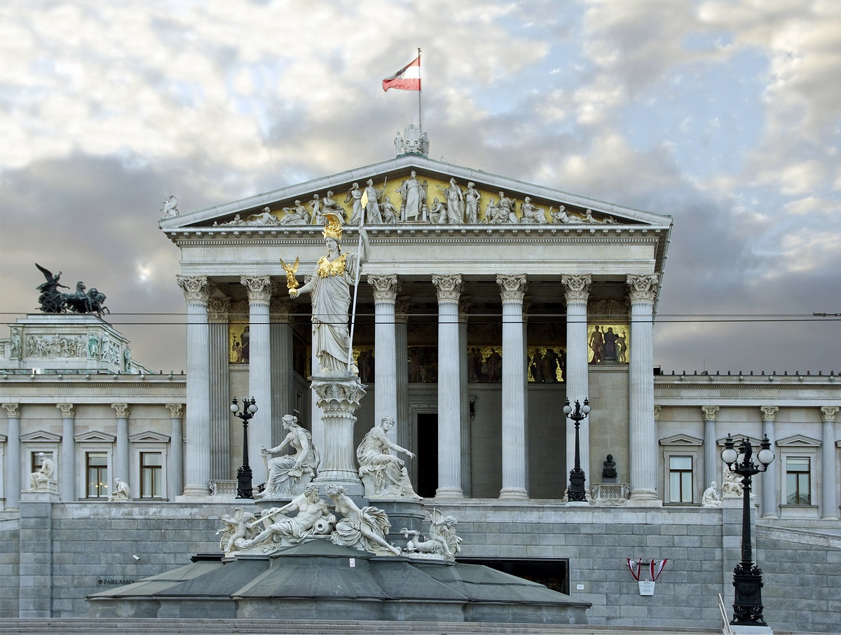 Austria, primer país de Europa que permite registrar a los bebés no ...