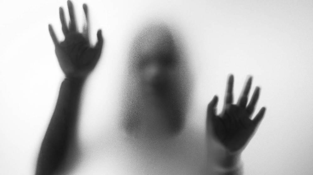 Oferta de trabajo como niñera que es rechazada por fantasmagórica