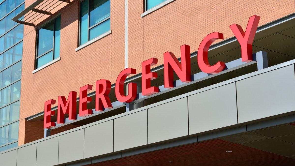 La respuesta de la recepcionista al caso de un bebé con problemas de respiración