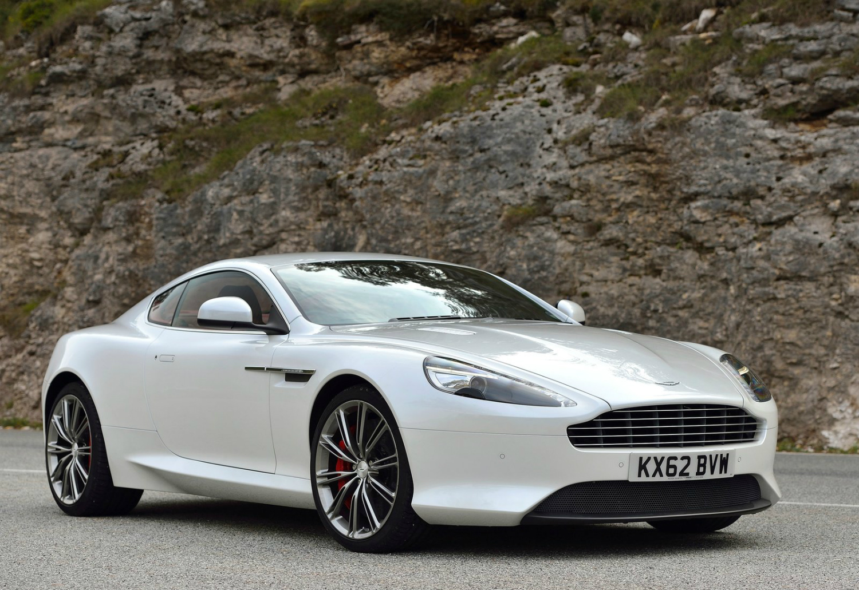 Aston_Martin-DB9