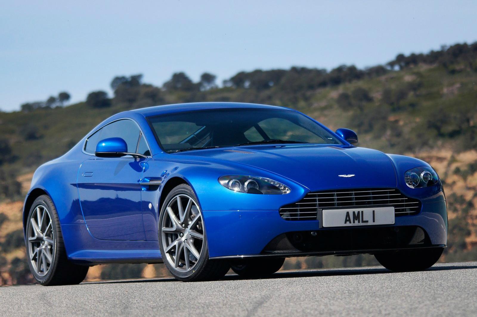 Aston_Martin-V8_Vantage_S