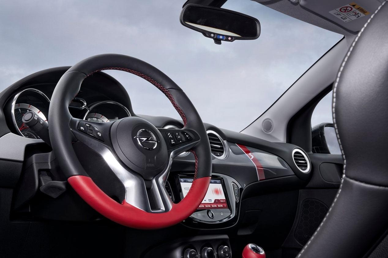 Opel Adam Rocks S 1