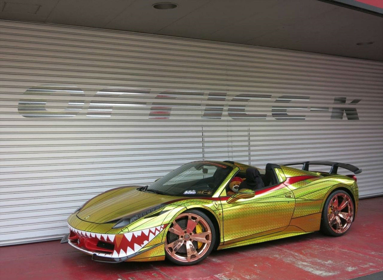 Ferrari 458 Spider Golden Shark 1