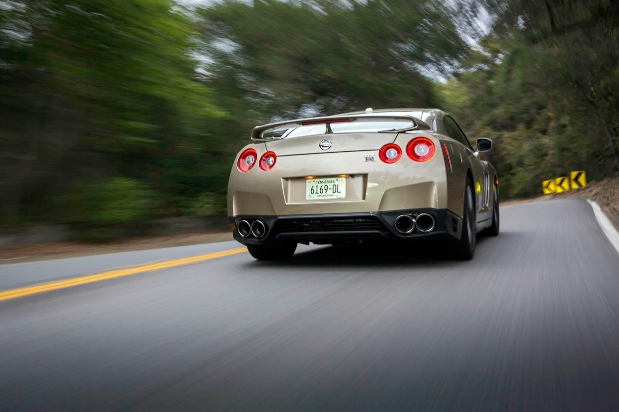 Nissan GT-R 45 Aniversario 2