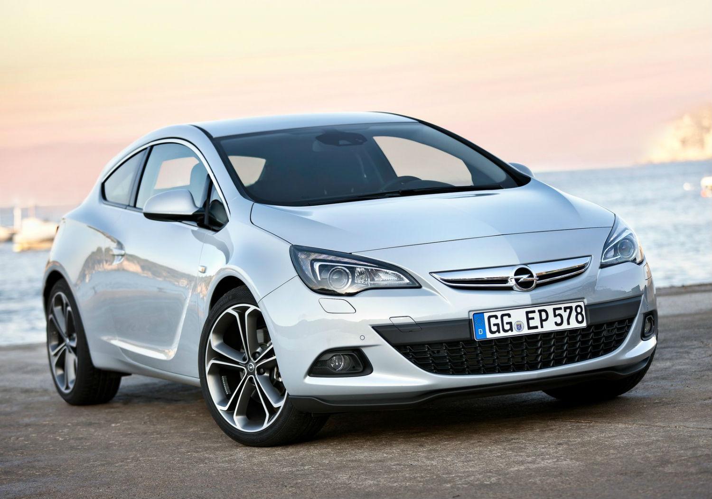 Opel-Astra_GTC
