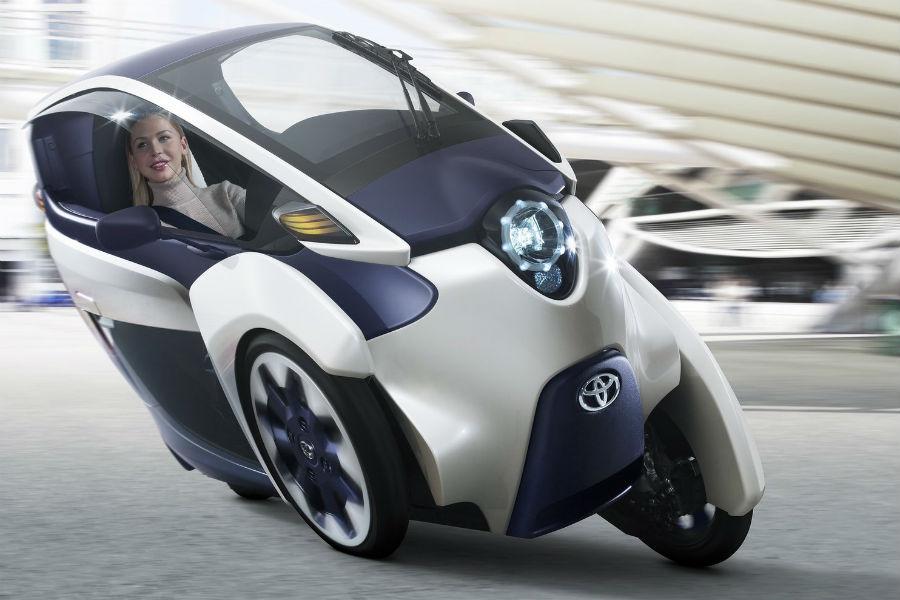 Toyota i-ROAD 4
