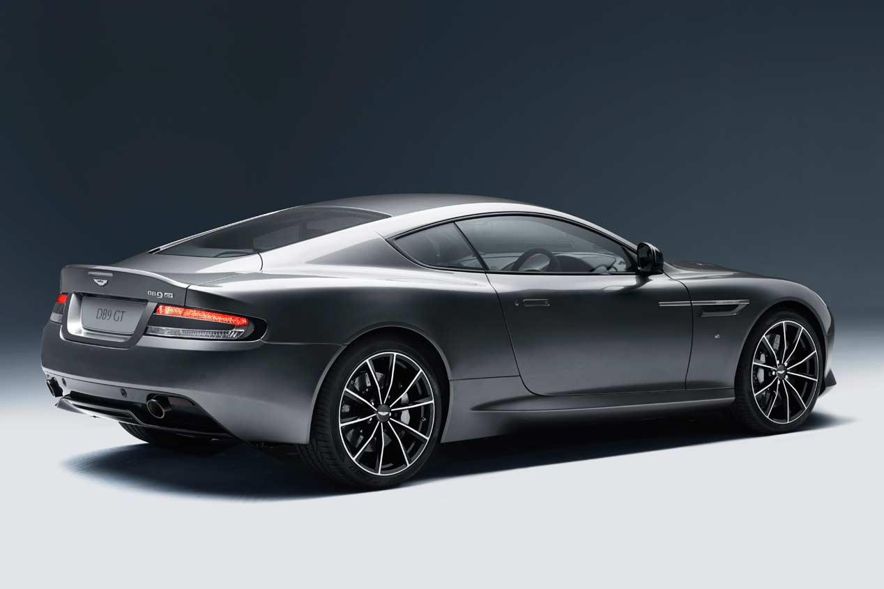 Aston Martin DB9 GT 2