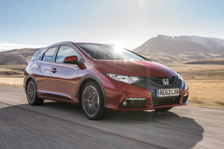 Honda Civic VS Peugeot 208: ¿quién bebe menos?