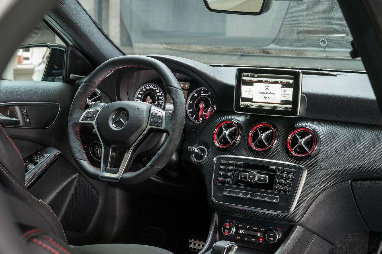 Mercedes A45 AMG 3