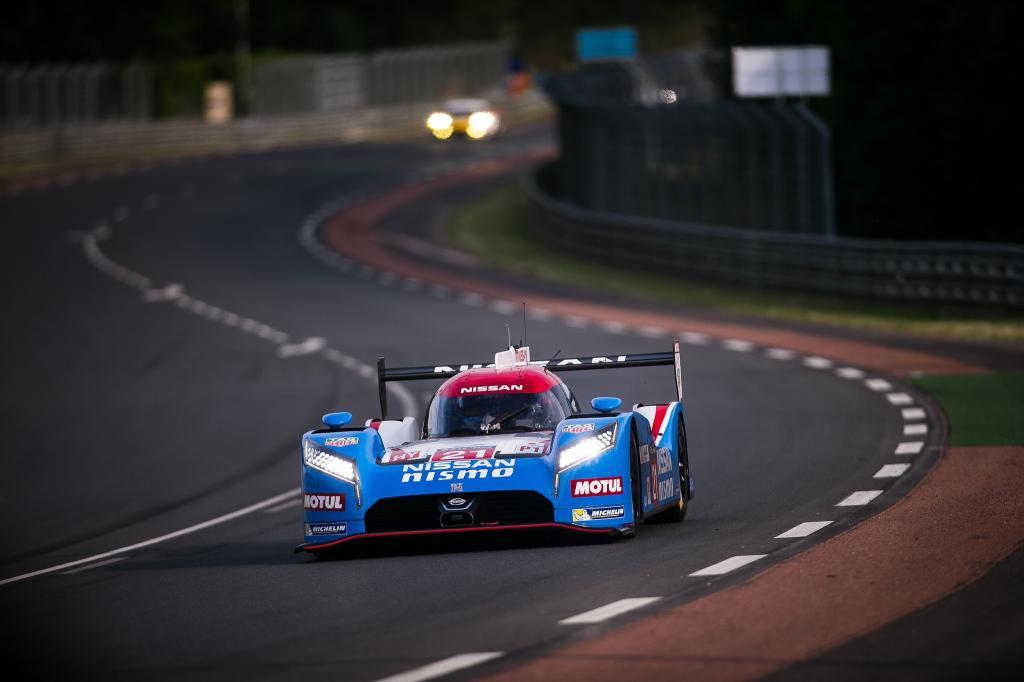 Nissan Le Mans 2