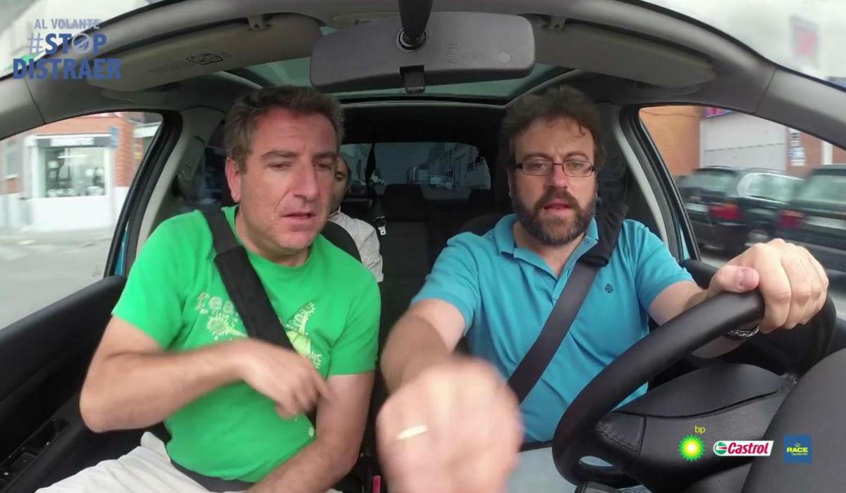 Distracciones al volante: 8 de cada 10 las provocan los acompañantes