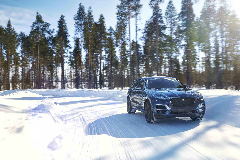 Jaguar F-Pace 4