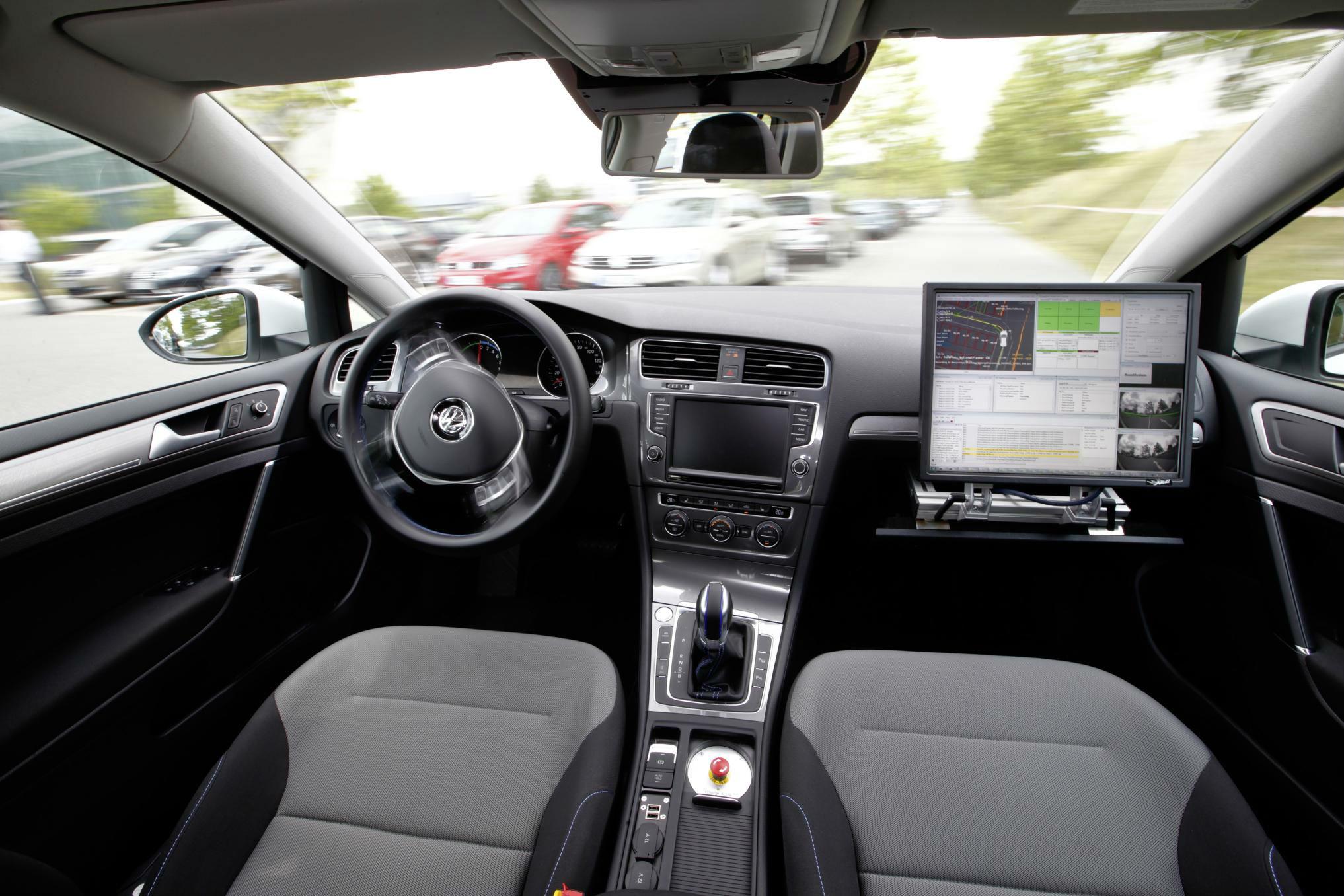 Volkswagen V Charge 4