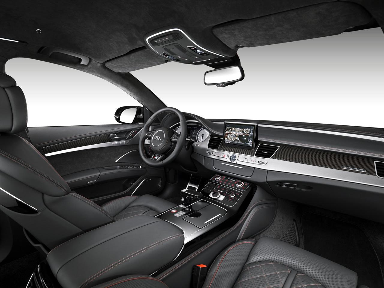 Audi S8 Plus 3