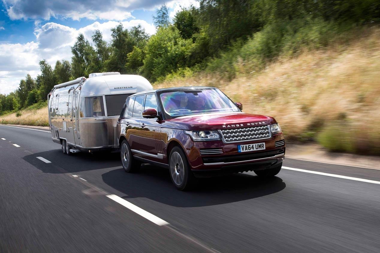 Land Rover Transparent Trailer 1