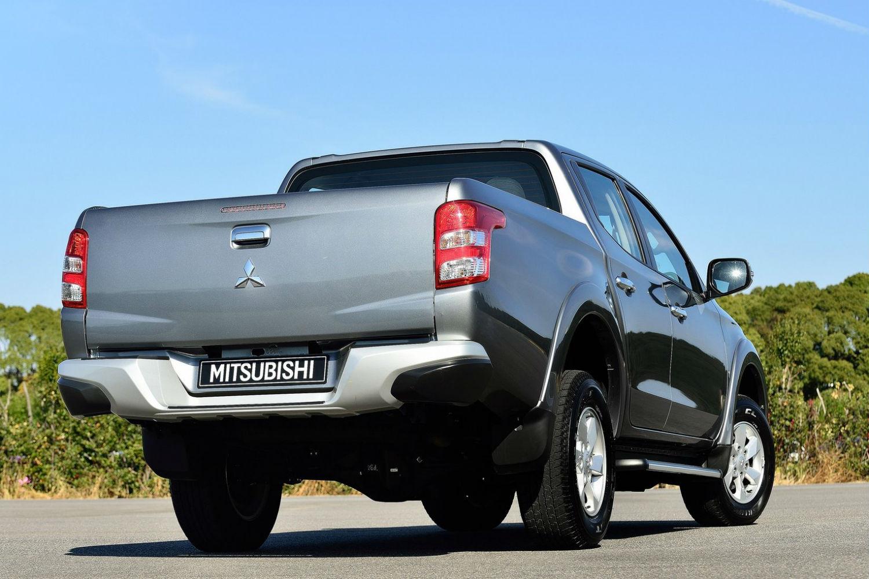 Mitsubishi L200 2