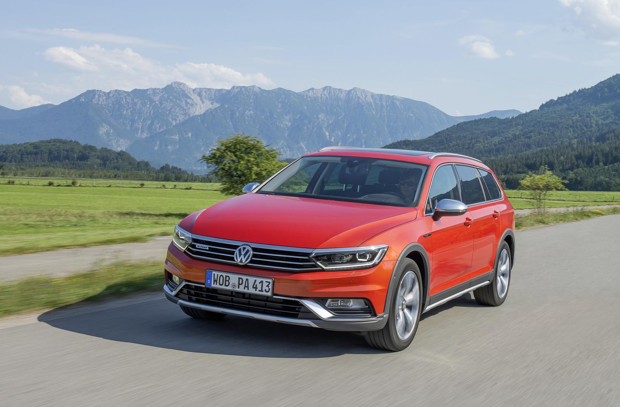 Volkswagen-Passat-Alltrack-1