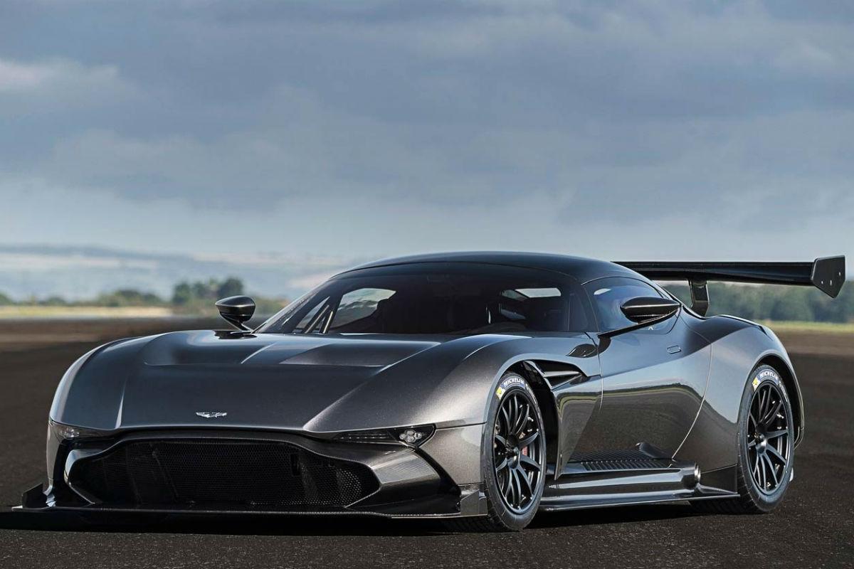 Aston Martin Vulcan: los súper deportivos tienen nuevo líder