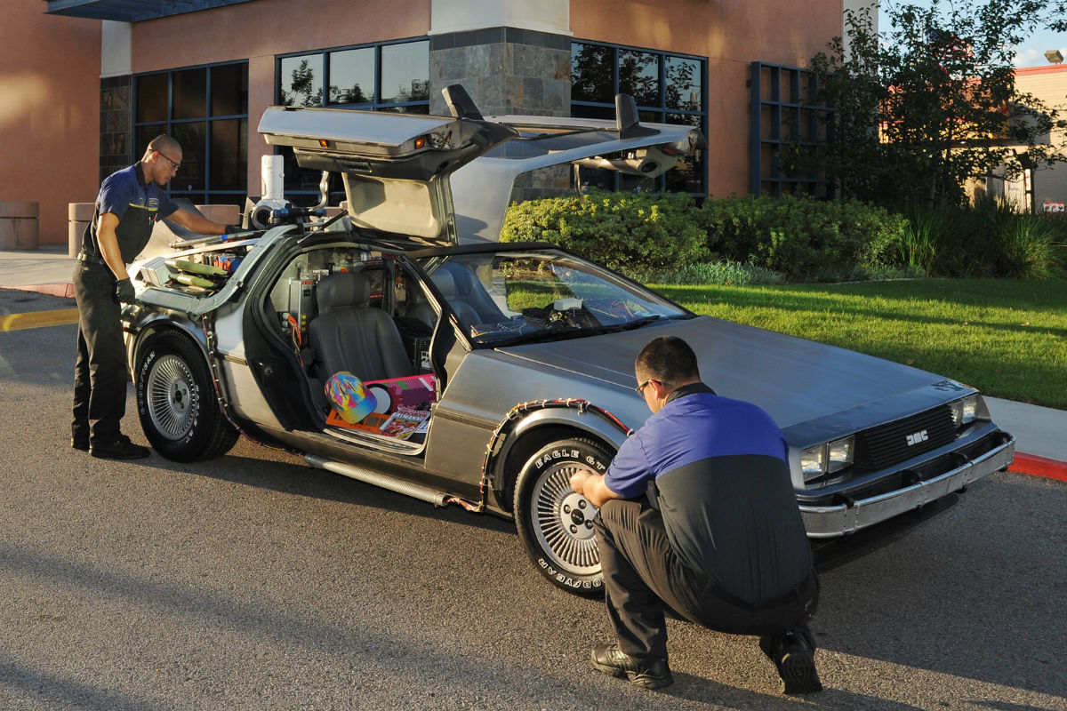 DeLorean DMC 12 2