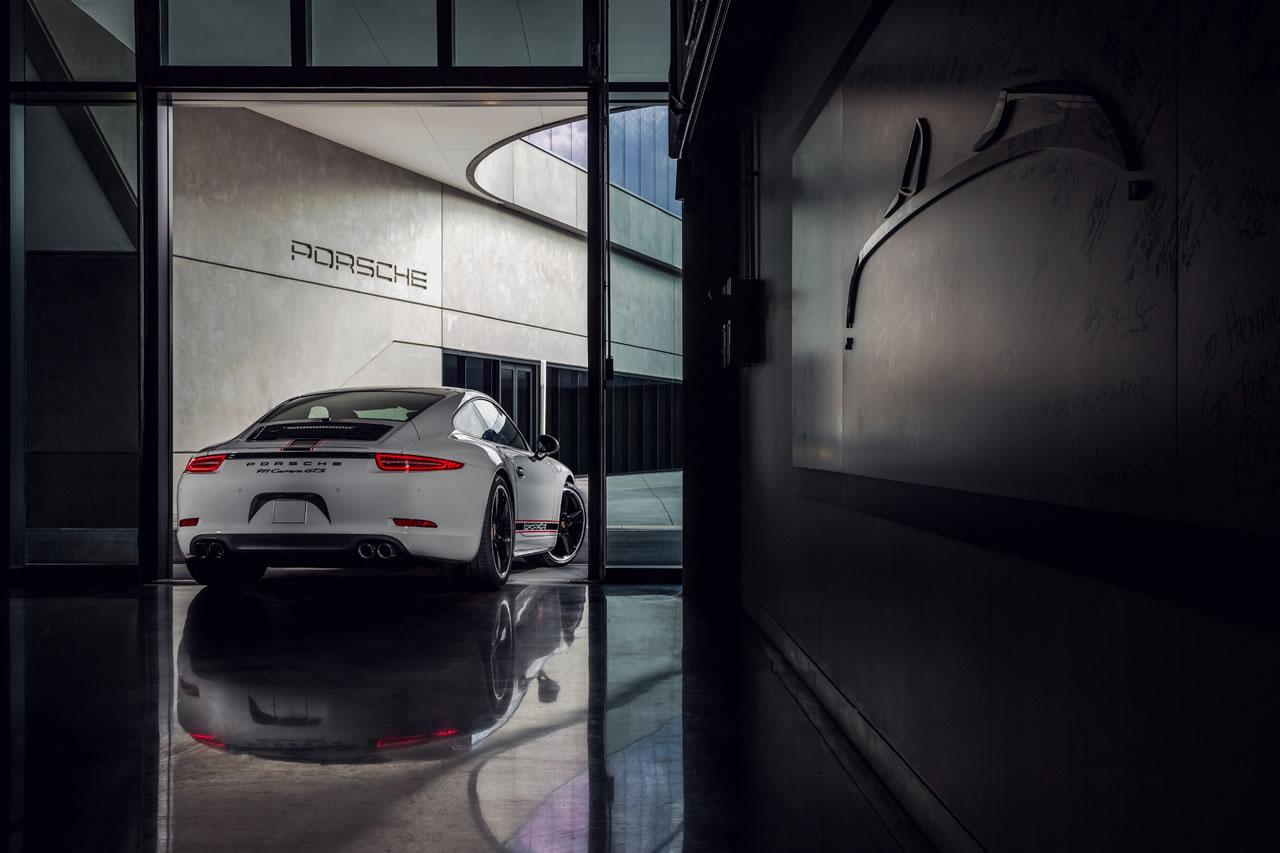 Porsche 911 Rennsport 2