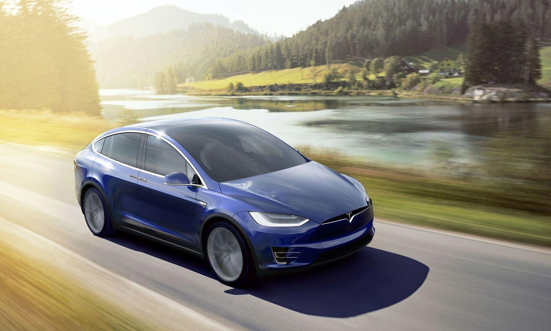Tesla Model X: el SUV que quiere ser 'Balón de Oro'