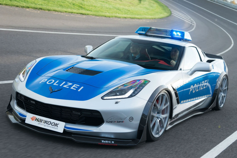 Chevrolet Corvette policia 1