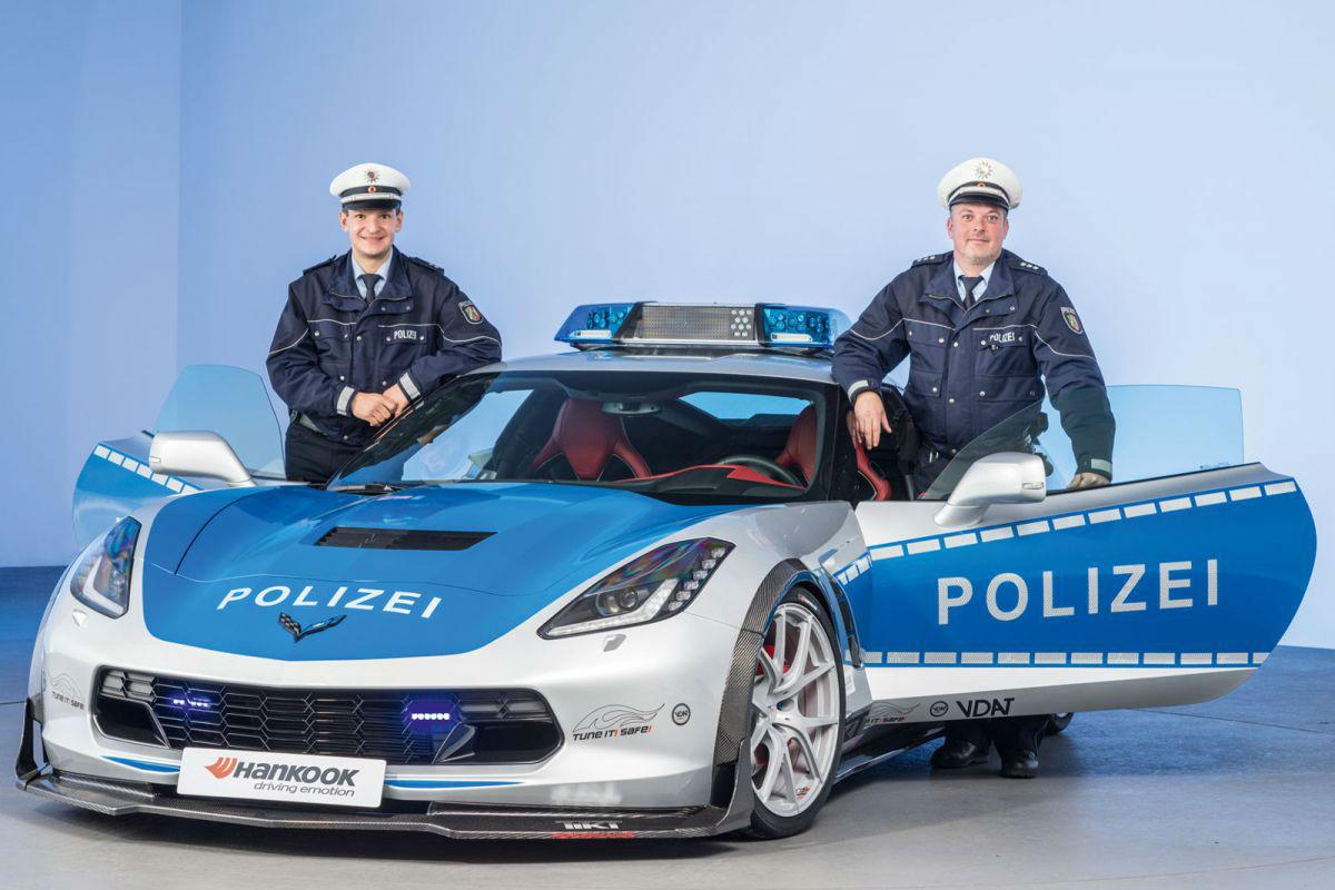 Chevrolet Corvette policia 3