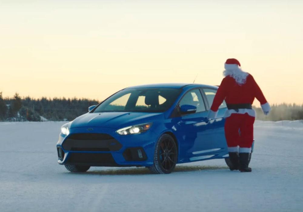 Ford Focus RS Papa Noel