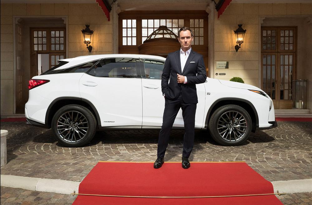 Lexus Jude Law 1